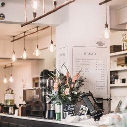 Restaurant shop